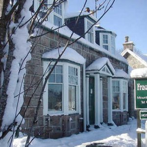 Snow covered Fraoch Lodge