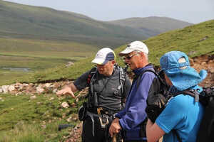 Choosing a hiking guide